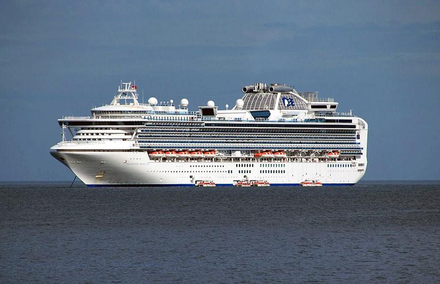 Коронавирус выявили еще у 41 пассажира задержанного в порту Йокогамы лайнера