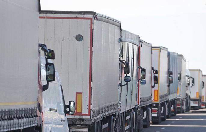 Очереди на выезд из Беларуси в ЕС: скопилось более 1 тыс. фур