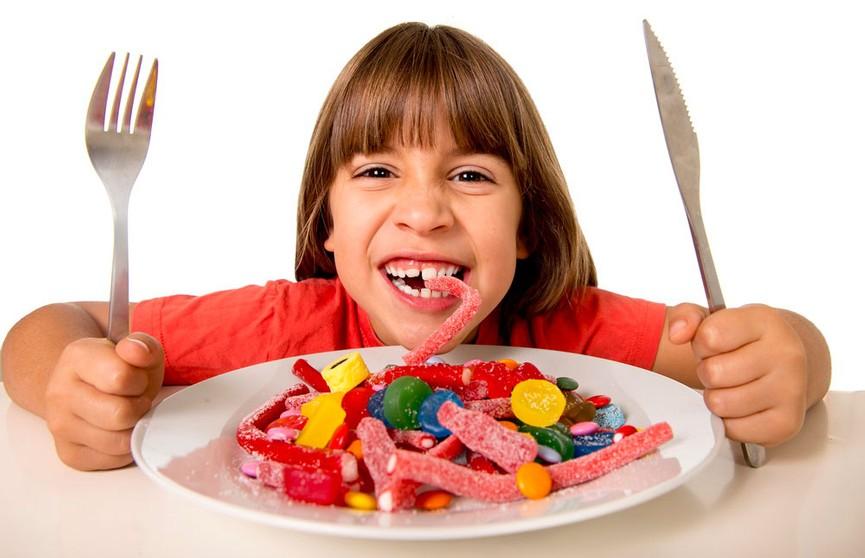 Женщина поделилась гениальным способом прятать сладости от детей (ФОТО)