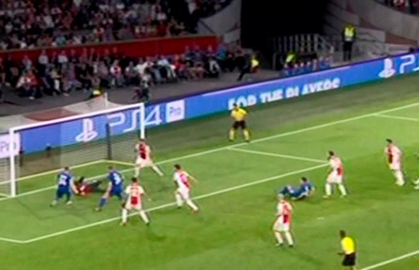 Киевское «Динамо» на выезде не справилось с голландским «Аяксом» в плей-офф Лиги чемпионов