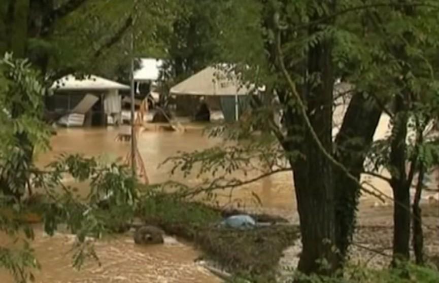 Ливни накрыли Францию: эвакуированы более 700 человек