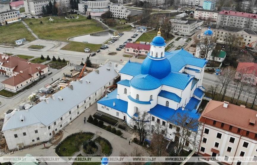 Наталья Кочанова провела встречу со священнослужителями Слонимской епархии в Жировичском монастыре