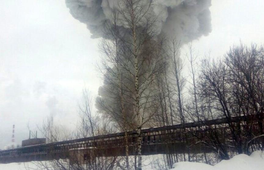 Взрыв прогремел на химическом заводе под Петербургом