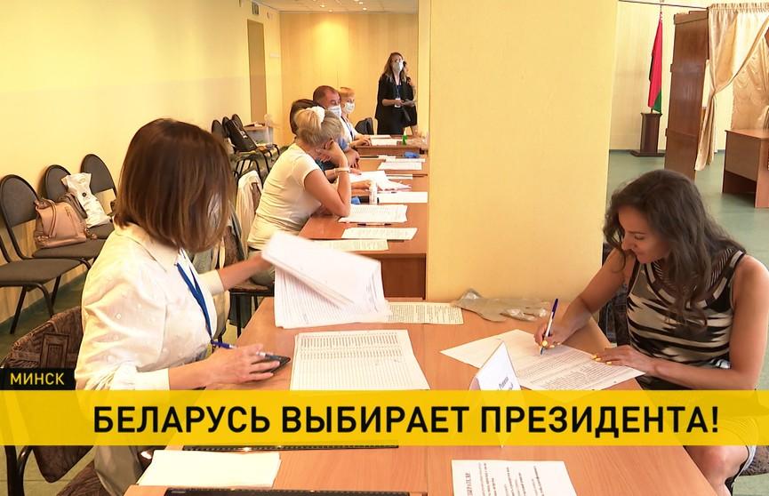 Деятели белорусской культуры и искусства принимают участие в выборах