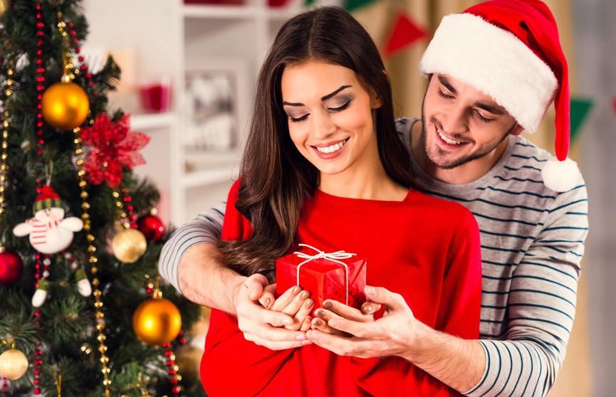 Чем удивить её на Новый год? Идеи восхитительных подарков для девушки