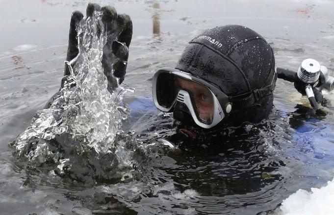 Водолаз искал пропавшего рыбака в Слуцком районе и погиб