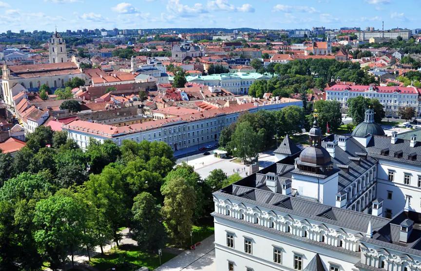 Центр Вильнюса превратится в гигантское кафе под открытым небом