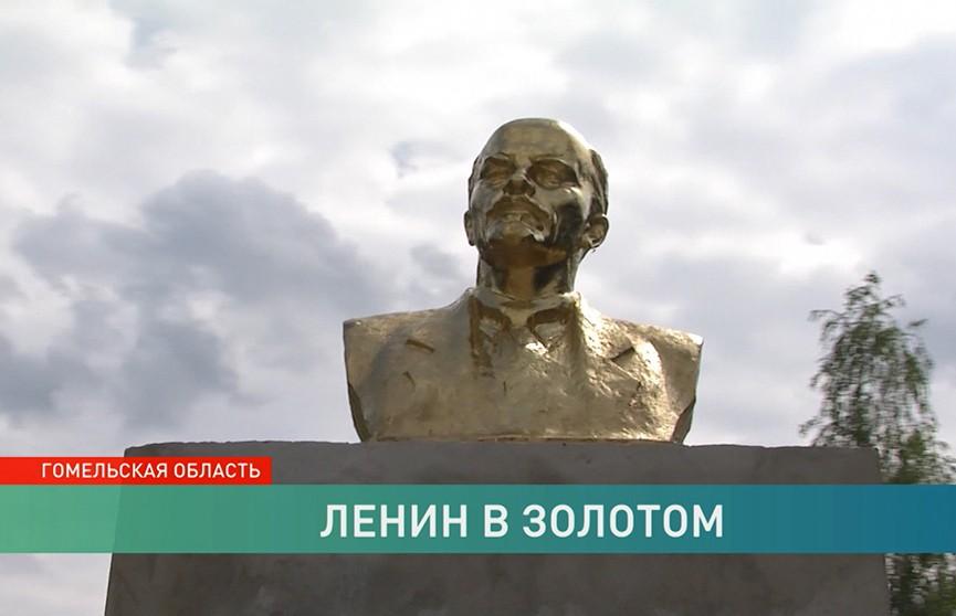Загадочная история с исчезновением Ленина: памятник вернули на место