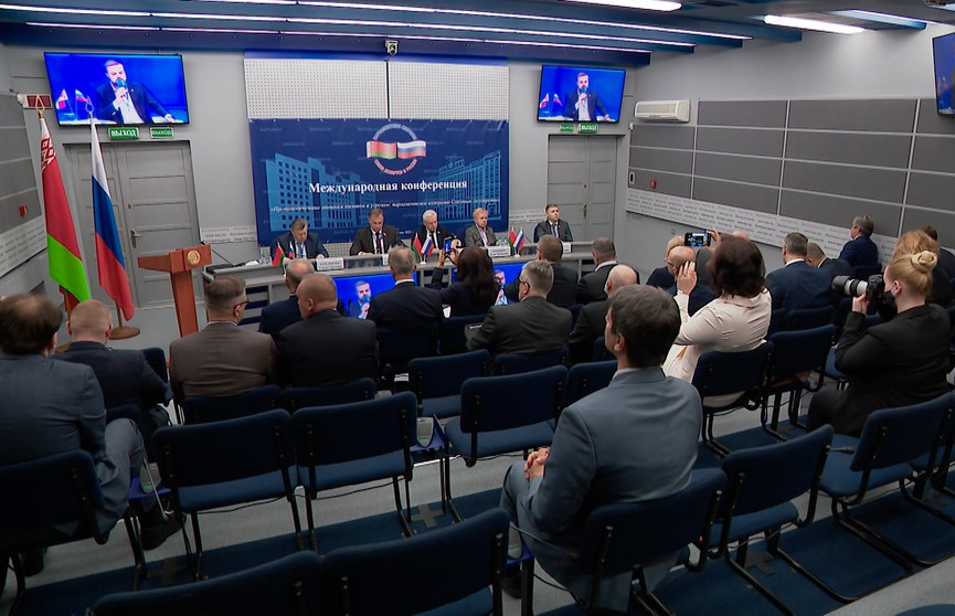 Госдума предложила создать единую комиссию для борьбы с вмешательством в дела Беларуси и России
