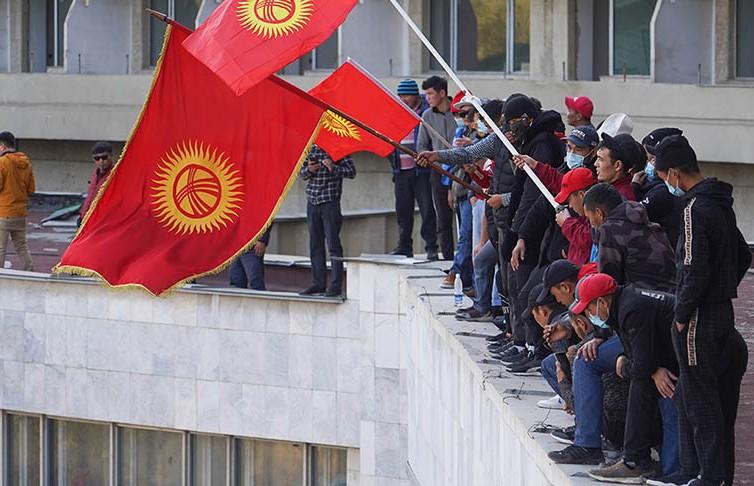 Выборы нового президента в Кыргызстане ориентировочно пройдут 17 января 2021 года