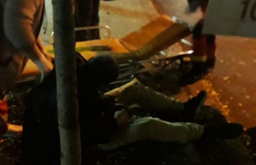 В Украине водитель маршрутки выбросил на тротуар пассажира, которому стало плохо