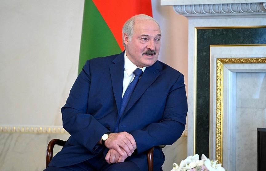 Лукашенко о санкциях: надавить на нас не получится
