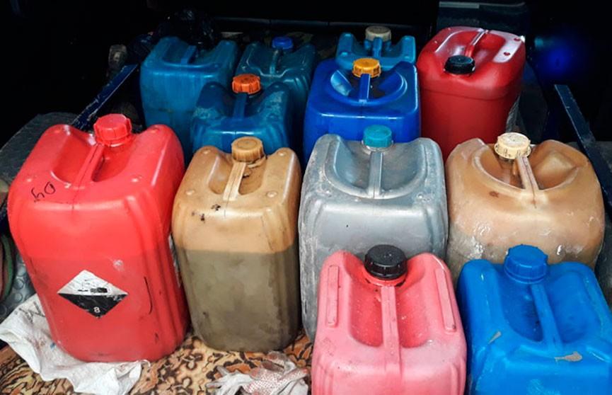 220 литров дизтоплива нашли у жительницы Стародорожского района