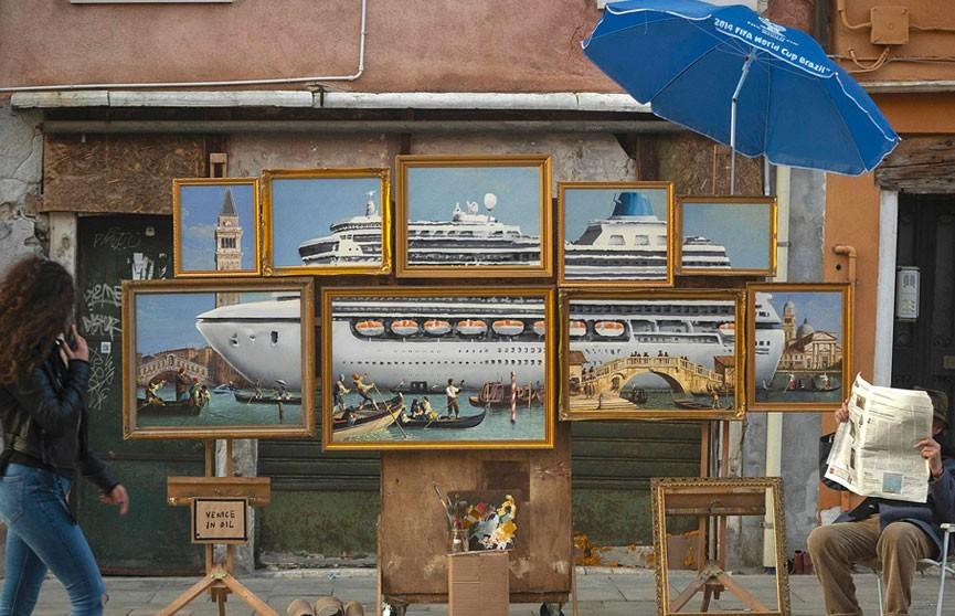Бэнкси обиделся, что его не приглашают на Венецианскую биеннале, и тайно выставил там свою инсталляцию (ВИДЕО)