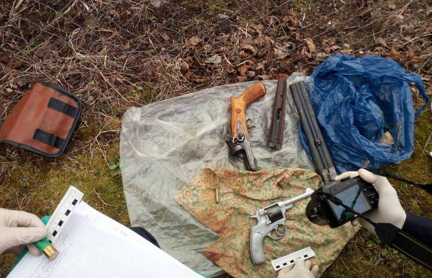 В Полоцке у двух братьев нашли боевое оружие