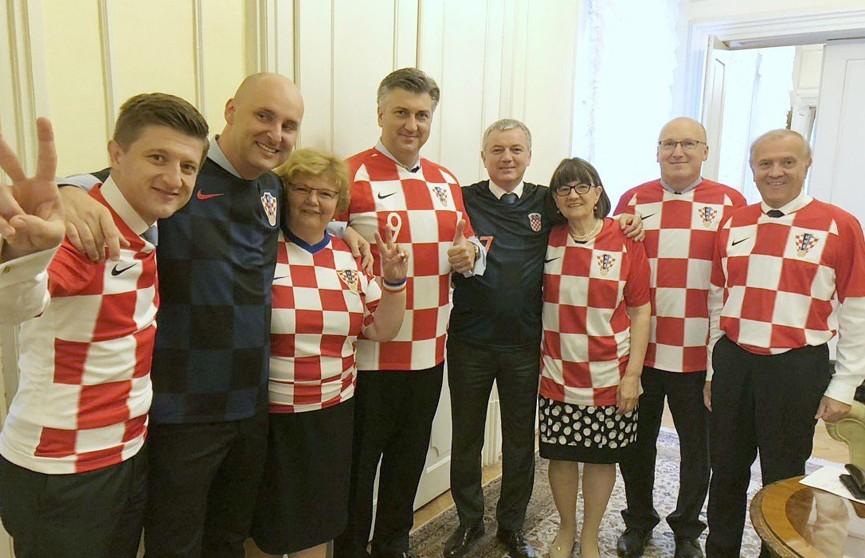 Хорватские министры пришли на заседание правительства в футболках национальной сборной