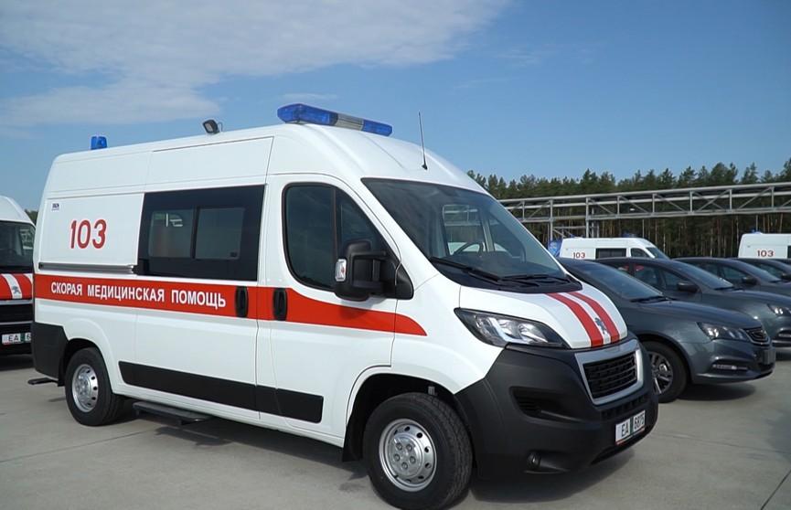 Более 80 новых автомобилей получили в дар больницы Минской области