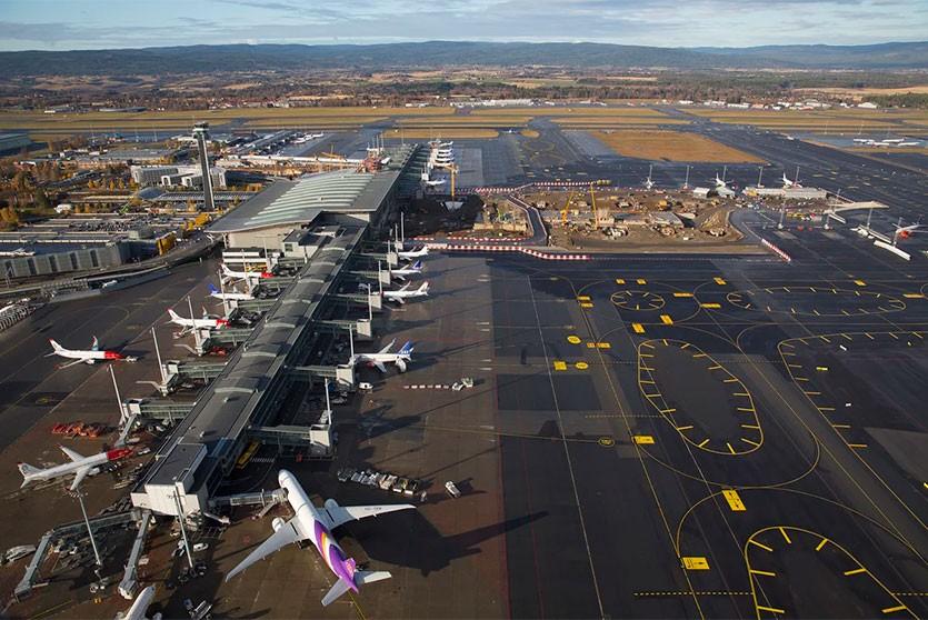 Минтранс предложил Норвегии наладить прямые рейсы в Беларусь