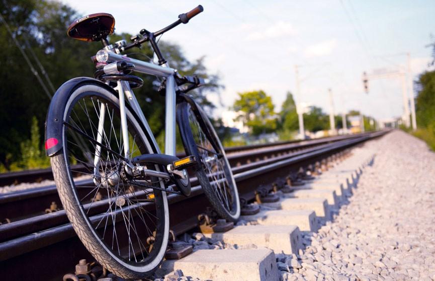 Электрички начали оборудовать местами для провоза велосипедов