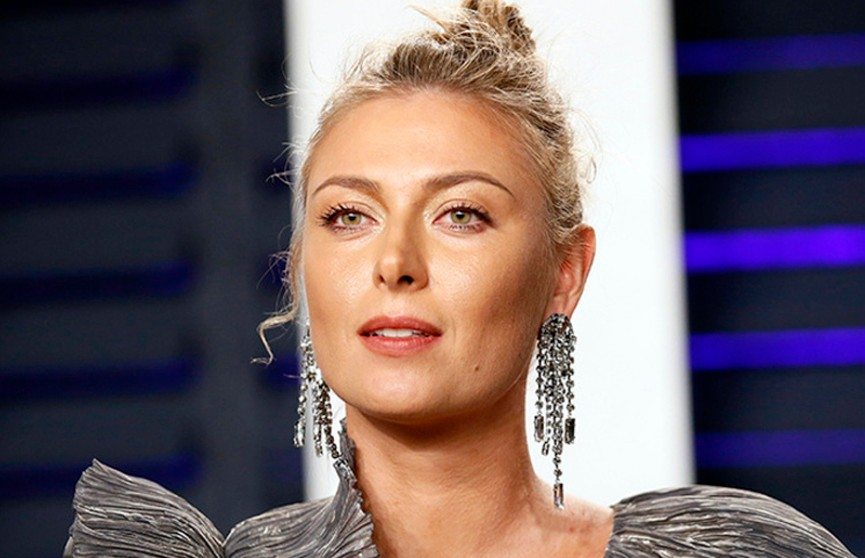 Мария Шарапова в прозрачном платье на «Оскаре» вызвала ажиотаж в соцсетях