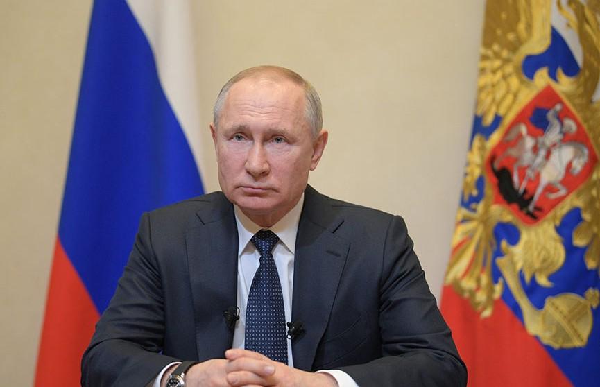Путин продлил россиянам режим нерабочих дней до 30 апреля