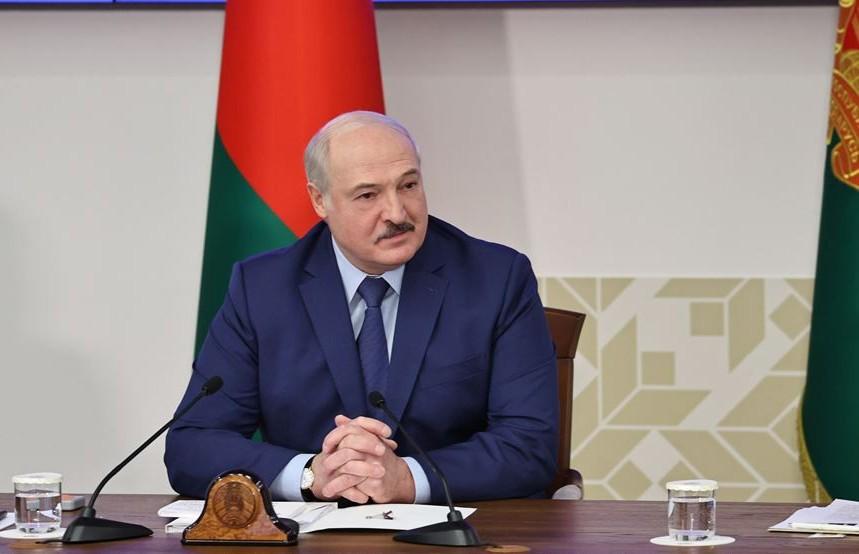Встреча Лукашенко со студентами в БГУ: политические игры, роль молодёжи в государственных делах, амнистия и цензура в соцсетях