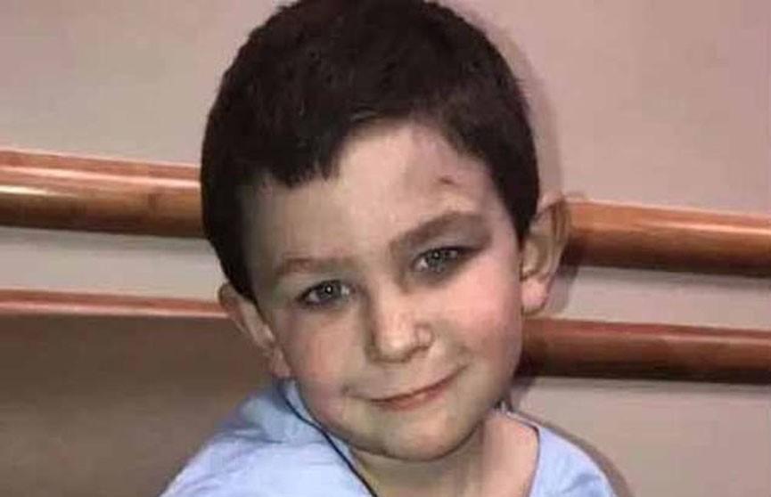 Пятилетний мальчик в США спас свою семью и собаку из горящего дома