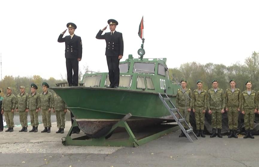 Пограничный катер стал экспонатом музея военной славы
