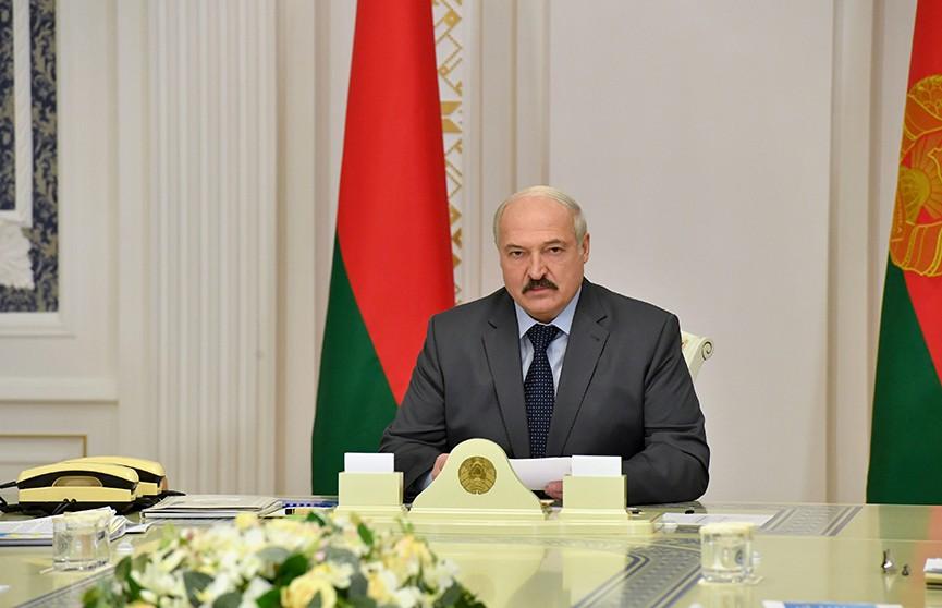 Лукашенко: Все нефтеперерабатывающие заводы должны работать