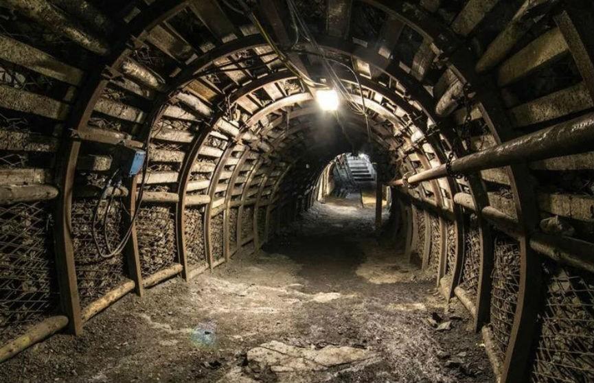 Авария на угольной шахте в Китае: погибли 8 человек