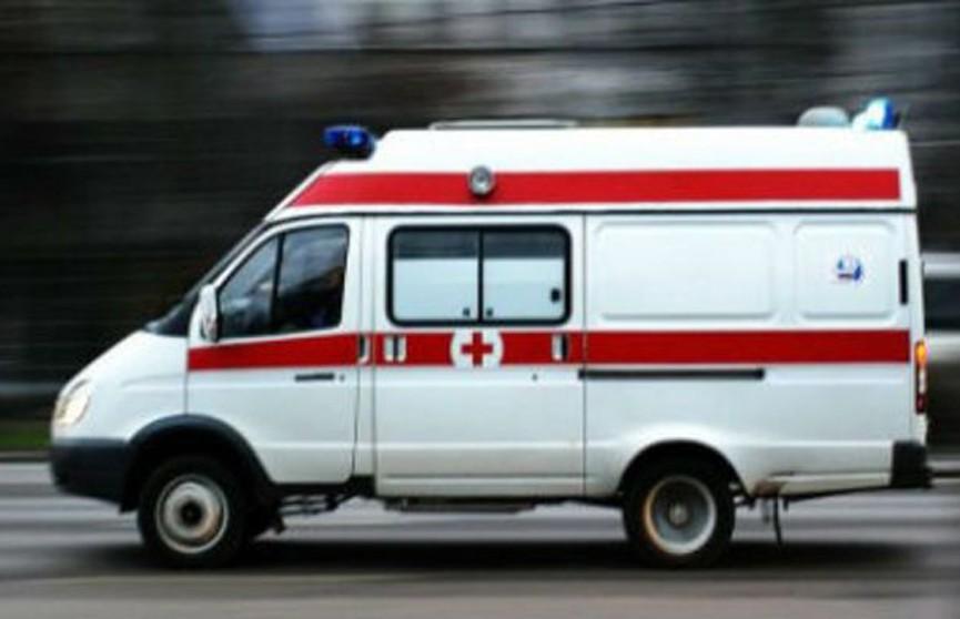 7-летний мальчик выпал из окна многоэтажки в Ошмянах и не разбился