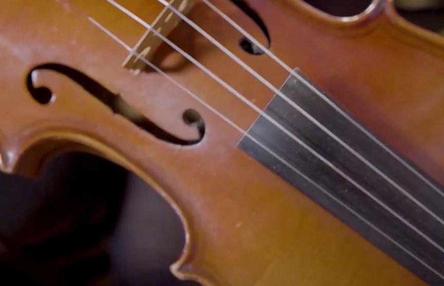 Гастроли, полные залы, телевидение: в США разоблачили фейковый оркестр
