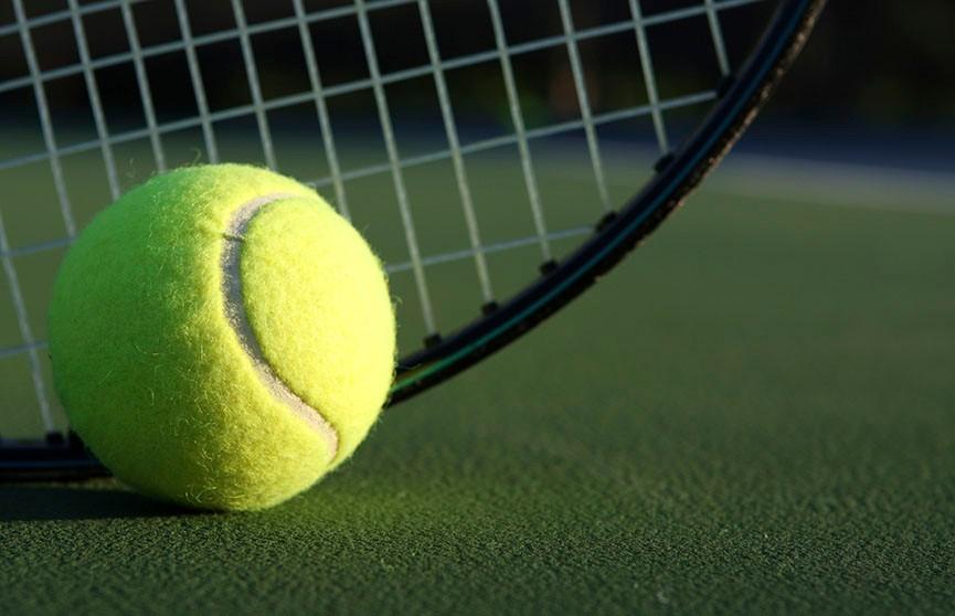 Теннис: Морозова и Аояма проиграли во втором раунде турнира в Майами