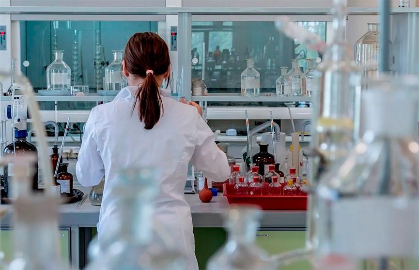 Глава ВОЗ не исключил возможность утечки коронавируса из лаборатории