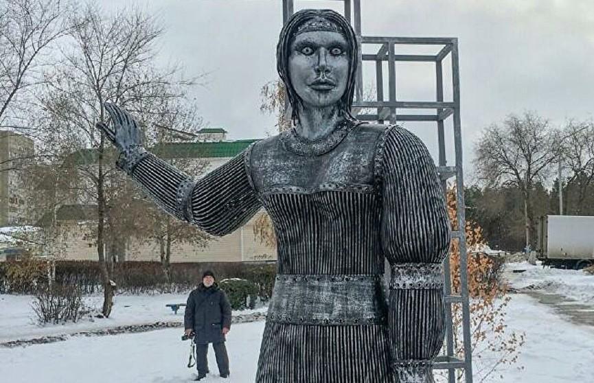 В Нововоронеже демонтировали нашумевший памятник Аленке