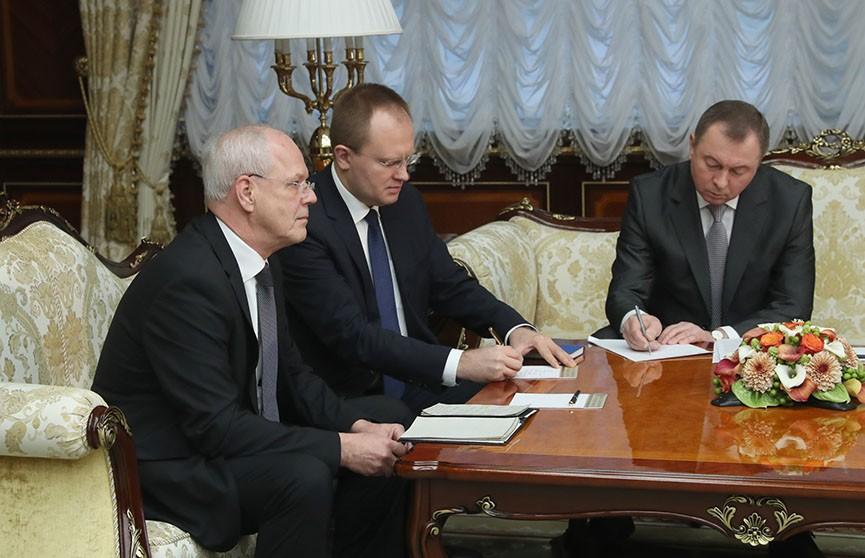 Президент Беларуси и посол Германии обсудили потенциал экономического сотрудничества двух стран
