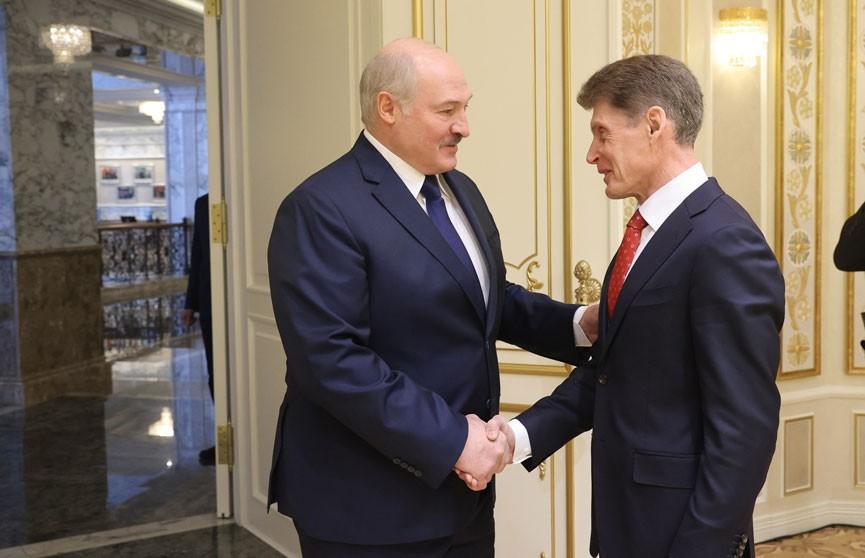 Александр Лукашенко встретился с губернатором Приморского края Олегом Кожемяко