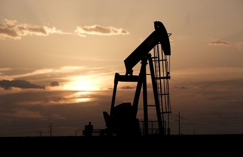 Цена нефти Brent превысила $45 впервые с марта