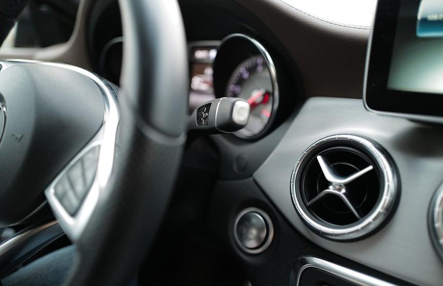 Женщина взяла 1000 уроков вождения и не смогла получить водительские права