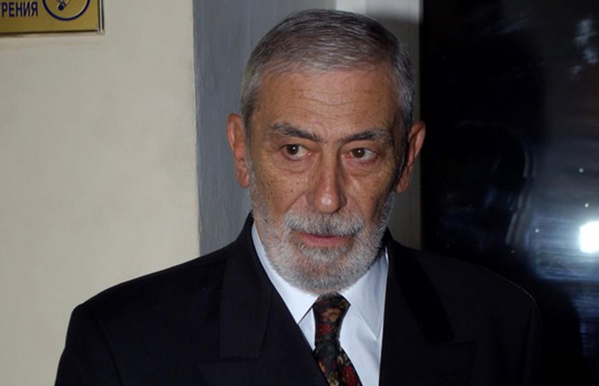 80-летний Вахтанг Кикабидзе попал в больницу
