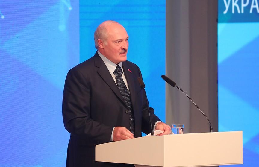За что Пётр Порошенко благодарен Александру Лукашенко?