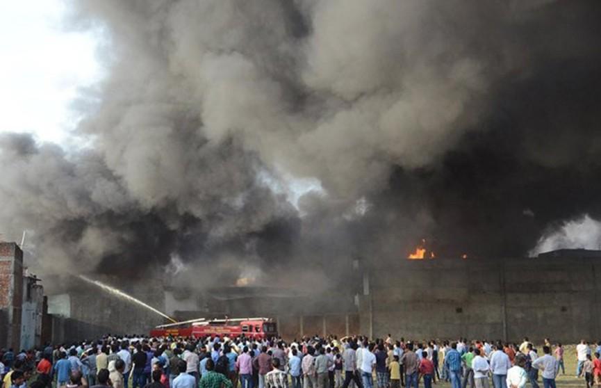 В Индии число жертв взрыва на химзаводе возросло до 12