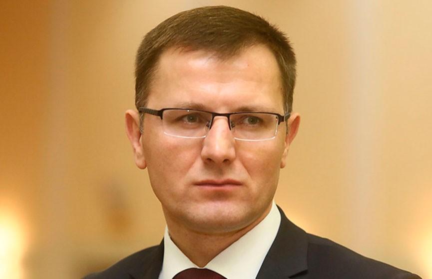 Андрей Кунцевич о работе вертикали власти: В прошлом году в Администрацию Президента поступило более 26 тыс. обращений