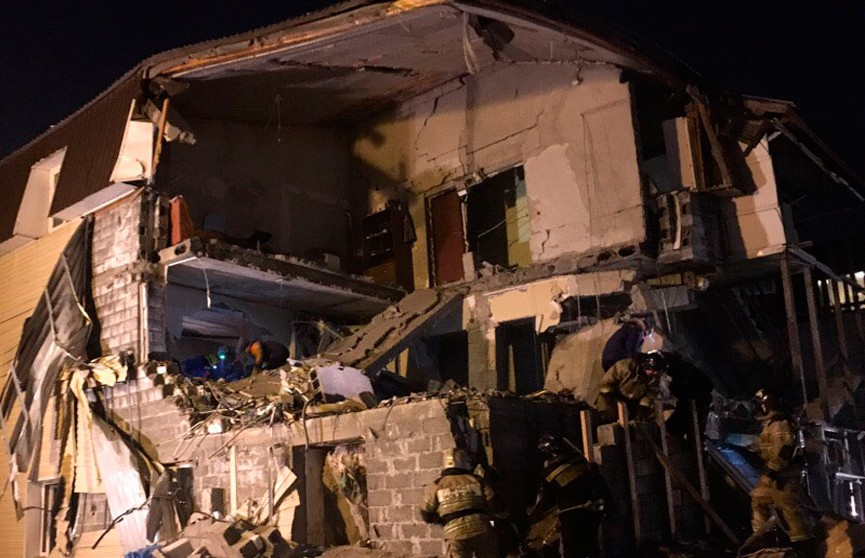 Взрыв газа в жилом доме в Красноярске: обрушились стены второго и третьего этажей