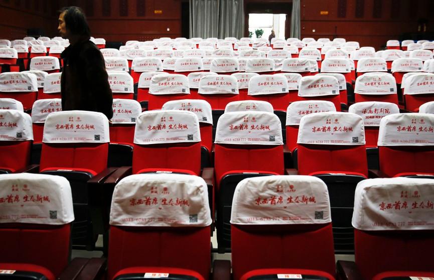 Кинотеатрам в Китае разрешили возобновить работу