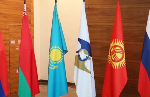 Лукашенко: ЕАЭС должен стать полноценным экономическим союзом с равными условиями для участников