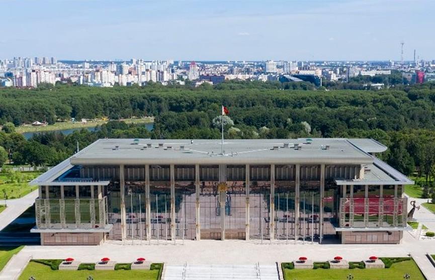 Лукашенко направил соболезнование Президенту Казахстана в связи с ЧП на военном складе и гибелью людей