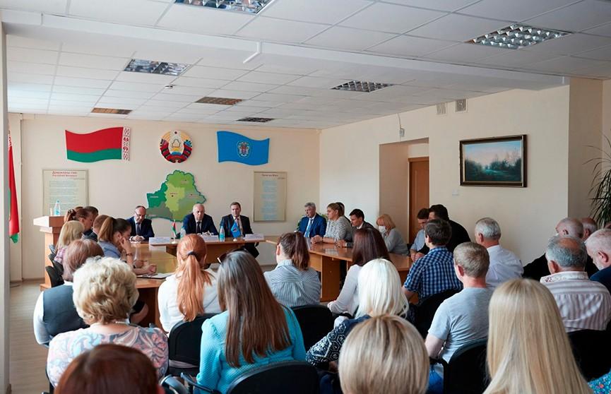 Анатолий Сивак встретился с коллективом предприятия «Промсвязь»