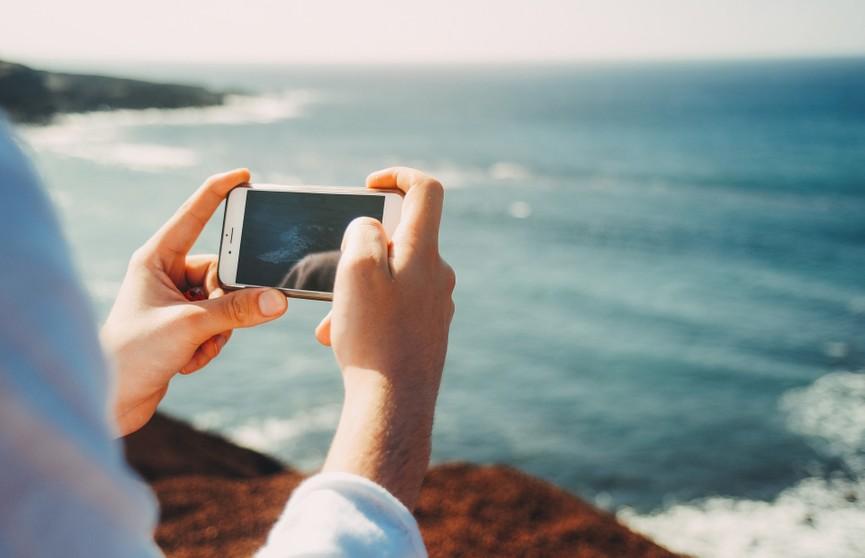«Смертельное селфи»: на набережной в Ницце британский турист позировал для фото и утонул
