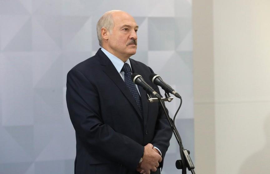 Лукашенко: Не будет гречки – будем пшенную кашу есть! И не забывайте, что еще у нас есть картошка!
